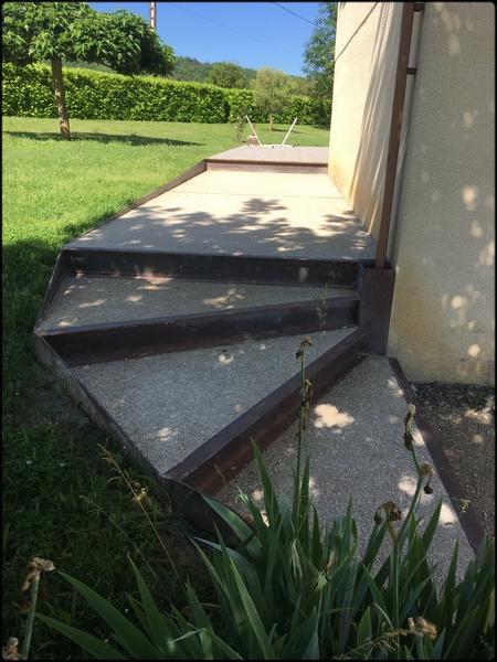 béton lavé escalier